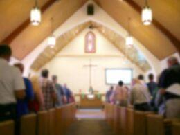 ABD'de kiliseleri kısıtlayan tecride tepki: Pazar ayini striptizle açıldı