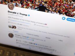 Sosyal medya platformunun kurallarına göre Trump görevden ayrılınca Twitter'da yasaklanabilir