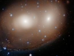 """NASA'nın uzay teleskobu """"dev bir balkabağı"""" buldu"""