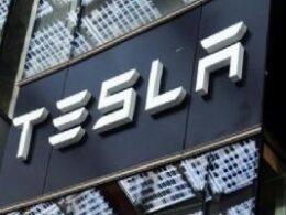 Toyota üretiyor, Tesla değerleniyor