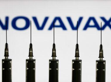 Novavax'ın Kovid-19 aşı adayı ABD ve Meksika'da Faz 3 denemelerine geçti