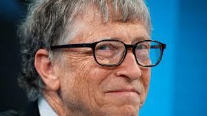 Covid: Bill Gates, hayatın 2021 baharına kadar normale dönebileceğini söyledi