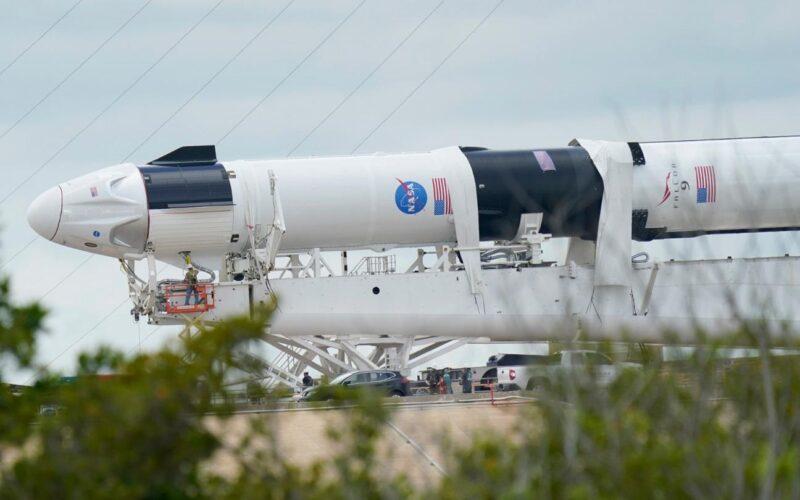 SpaceX, NASA, Boeing ve diğerleri: Ay için 2021'deki roket fırlatmaları