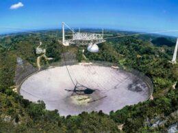 Uzaylı avcısı Arecibo: Çöken teleskobun yeniden inşasına 8 milyon dolar ayrıldı