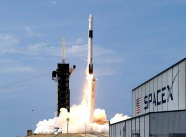 SpaceX, Falcon 9 roketinin yeniden kullanım sayısında rekor kırdı
