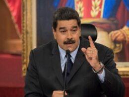 Venezuela'dan ABD'ye nazire: Endişeyle takip ediyoruz