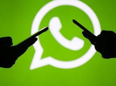 WhatsApp daha önce yaptığı açıklamalarda, ne kendisinin ne de Facebook'un yazışmaları ya da görüşmeleri takip edebildiğini vurgulamıştı. WhatsApp, uygulama üzerinden kurulan tüm iletişimin uçtan uca şifrelendiğini ifade etmişti. WhatsApp'ın kullanıcı sözleşmesinde yapacağı değişiklik bazı ülkelerde tepkilere yol açtı. Birçok kullanıcı, Telegram ve Signal gibi diğer haberleşme uygulamalarına geçeceğini açıkladı. Türkiye'de de Rekabet Kurulu, WhatsApp'in gizlilik ayarındaki değişiklikle ilgili Facebook ve WhatsApp hakkında soruşturma başlattı. Verilerin paylaşılması zorunluluğu da durduruldu.