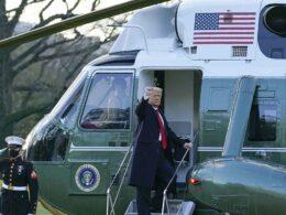 Beyaz Saray'dan son kez ayrılan Trump: Bir şekilde geri döneceğiz