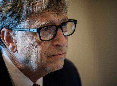 Bill Gates'e göre Trump sosyal medya hesaplarını geri almalı