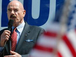 ABD'de Watergate Skandalı'nın beyni olarak bilinen Gordon Liddy hayatını kaybetti