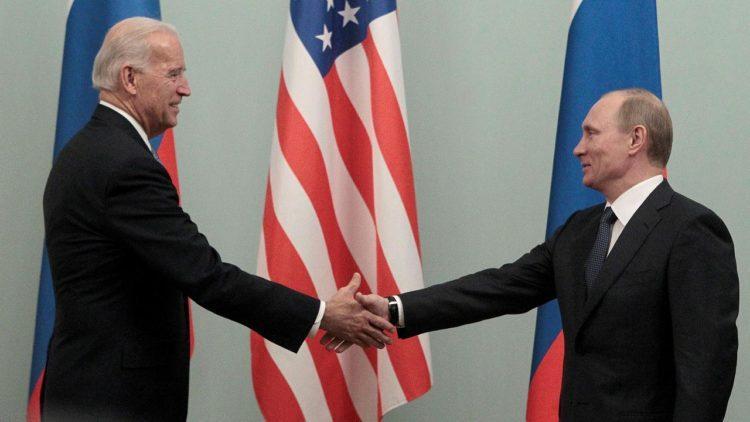 Biden: Putin yakında ABD seçimlerine müdahalenin bedelini ödeyecek