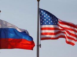ABD yaptırımları ABD, başkanlık seçimlerini etkileme ve siber saldırı girişimi gerekçesiyle Rusya'ya çeşitli yaptırımların uygulanacağını açıklamıştı. Beyaz Saray'dan yapılan açıklamada, siber saldırı girişimi ve başkanlık seçimlerine etki etmeye yönelik faaliyetlerle bağlantılı oldukları gerekçesiyle 10 Rus diplomatın sınır dışı edileceğini duyrulmuştu.
