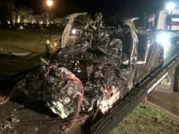 Elon Musk'tan kaza yapan Tesla aracıyla ilgili açıklama: 'Otopilot devrede değildi'