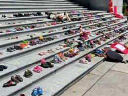 Katolik okullarında yüzlerce yerli çocuğun mezarlarının bulunmasının ardından Kanada Günü'nün iptal edilmesi çağrısı